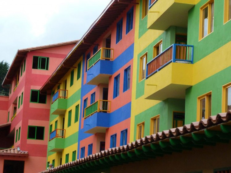 Appartements colorés, Guatapé, Colombie